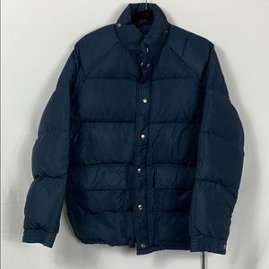 Kentfield navy blue puffer jacket size Sm.